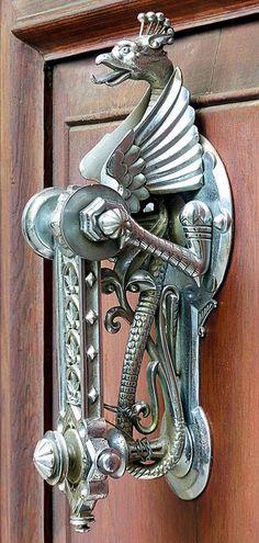 Now that's a door knocker!!!
