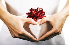Помните известные слова Ванги? Вот они: «Одним подаркам радуйся, других берегись». На самом деле, некоторые подарки не стоит принимать, так как они принесут в ваш до�…