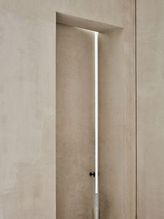 Vincent Van Duysen in Cereal Volume 14 Decoration Inspiration, Interior Inspiration, Design Inspiration, Interior Architecture, Interior And Exterior, Interior Design, Minimalist Interior, Minimalist Home, Minimalist Architecture