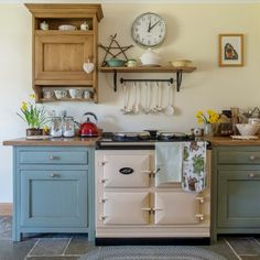 old farm steading in Scotland. Love the idea of an Aga but think I would want a conventional oven and hob lurking in a corner somewhere lol