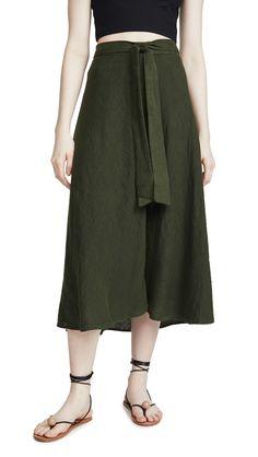 Velvet by Graham & Spencer Women's Calissa Satin Viscose Skirt Flowy Skirt, Midi Skirt, How To Look Skinnier, Velvet Skirt, Velvet Fashion, Graham Spencer, Dress Up, Pure Products, Skirts