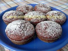 Podmáslové muffiny s  broskví Sweet Recipes, Cooker, Breakfast, Food, Morning Coffee, Meal, Essen, Hoods, Meals