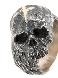 Tobias Wistisen cross & skull ring love skulls get your skulls. Unusual Wedding Rings, Wedding Rings For Women, Rings For Men, Black Gold Jewelry, Black Rings, Bijou Geek, Skull Wedding Ring, Gothic Engagement Ring, Skull Jewelry