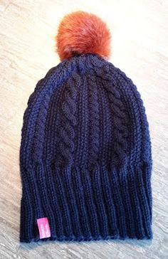Frauenmasche: Neue Wintermütze mit Fellbommel Easy Knitting, Cable Knitting, Knitted Hats, Needlework, Winter Hats, Cap, Crochet, Pattern, Brown Brown
