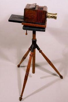 Palmer and Longking Daguerreotype Camera Antique Cameras, Old Cameras, Vintage Cameras, Wooden Camera, Kinds Of Camera, Photo Deco, Classic Camera, System Camera, Box Camera