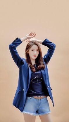 Sooyoung, Yoona Snsd, Girls Generation, Fashion Beauty, Girl Fashion, Womens Fashion, Korean Girl, Asian Girl, Yuri
