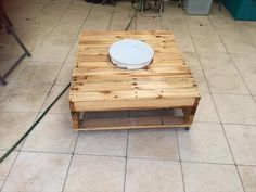 DIY Pallet Coffee Table with Fixed Ice Bowl | 99 Pallets