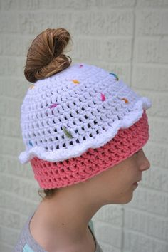 Crochet Hats, Etsy Shop, Trending Outfits, Unique Jewelry, Handmade Gifts, Happy, Shopping, Vintage, Fashion