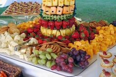 Mirrored cheese and fruit display..yum I would like this on my table every day