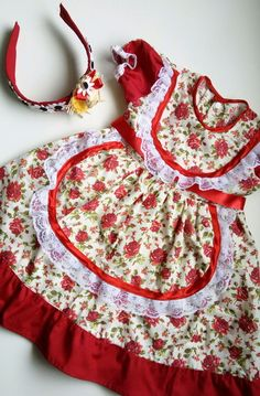 Little Girl Dresses, Little Girls, Girls Dresses, Dress Neck Designs, Dressy Dresses, Toddler Fashion, Kids And Parenting, Apron, Kids Outfits