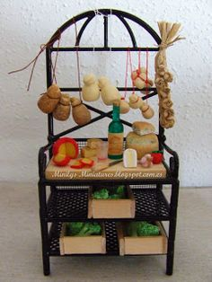Minilys Miniatures: cheese and wine. Artisan Miniatures. 1:12