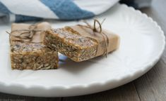 No Bake, Nut-Free Muesli Bar (Recipe)