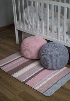 How to Make, Beautiful Crochet Patterns and Covers Pouf En Crochet, Knitted Pouf, Crochet Mat, Knit Rug, Crochet Rug Patterns, Crochet Carpet, Crochet Pillow, Crochet Decoration, Crochet Home Decor