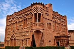Catalan Art Nouveau: Modernist House at Colonia Guell