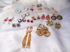 AVON PIERCED EARRING LOT VINTAGE TO NOW 17 PAIRS  #Avon