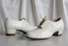 1930s White Leather Nurse Pumps