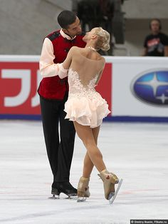 Aliona Savchenko and Robin Szolkowy Ice Dresses, Figure Skating Dresses, Aliona Savchenko, Ballet Shows, Custom Dance Costumes, Dance Fashion, Julia, Gymnastics Leotards, Outfits