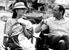 Audrey Hepburn knitting! <3 hellz yeah.