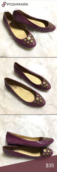 Seychelles Purple Snakeskin Printed Flats Purple Snakeskin Printed Flats with bronzed gold embellishment on toe. Slight sheen. These have only been worn for a few hours, excellent condition; no serious signs of wear. Leather upper. Seychelles Shoes Flats & Loafers