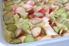 Rabarberkage med kokos - den bedste opskrift | nogetiovnen.dk Fruit Salad, Potato Salad, Potatoes, Ethnic Recipes, Fruit Salads, Potato