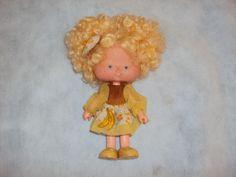 Brinquedo Antigo, Boneca Moranguinho Bananinha Da Estrela. - R$ 90,00 no MercadoLivre