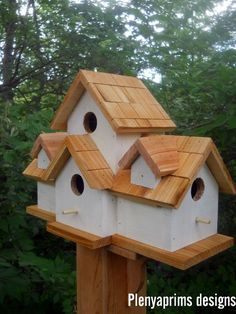 4 nest bird house. Birdhouse. Dollhouse display.