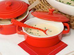 Receta | Vichyssoise - canalcocina.es Fondue, Coco, Cheese, Ethnic Recipes, Soups, Potatoes, Appetizers, Cooking Recipes, Legumes