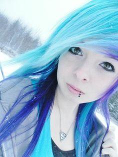 blue and purple hair (Kayy Mae)