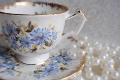 AYNSLEY Bone China Tea Cup and Saucer  / Blue Cornflowers  / Tea Party