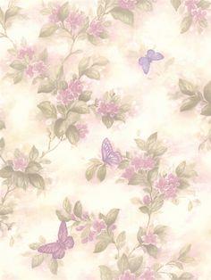 Fond tout en estompe de papillons et fleurs violettes