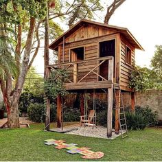 adorable farmhouse cottage design ideas and tiny house decor ideas 83 Backyard Fort, Backyard Playhouse, Backyard Playground, Backyard For Kids, Wooden Playhouse, Cubby Houses, Play Houses, Cottage Design, Tiny House Design