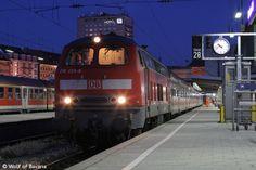 Background images - Trains: http://wallpapic.com/transport/trains/wallpaper-29033