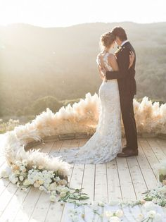 Feather-effect circular pampas grass altar // Dance With Me: Ballet-Inspired Wedding Moodboard