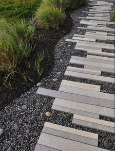 Pavimentos                                                                                                                                                                                 More Landscape Architecture, Landscape Design, Garden Design, Modern Landscaping, Outdoor Landscaping, Pavement Design, Paving Pattern, Paver Designs, Paving Design
