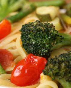 30-Minute Pasta Primavera #VeganFridays
