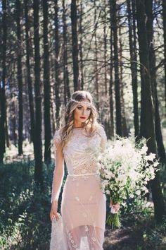 Look de mariée boho / sexy Inspiration pour un mariage bohème