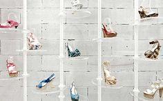 in-between Design Office, Hong Kong Shoe Store Design, Retail Store Design, Shoe Shop, Shoe Stores, Visual Merchandising, Ideas Habitaciones, Ikea Shoe, Showroom Interior Design, Shopping