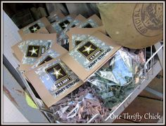 Army Party - Mini army men goody bags