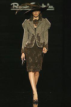 Renato Balestra - Haute Couture Fall Winter 2006/2007 - Shows - Vogue.it