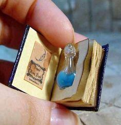 libri co vaso de perfume-001 | por bfcul