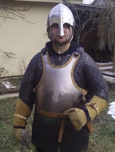 Chain Mail, Sword, Riding Helmets, Armour, Medieval, Hats, Fashion, Moda, Chain Letter