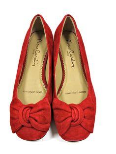 Pierre Cardin   Red Flats