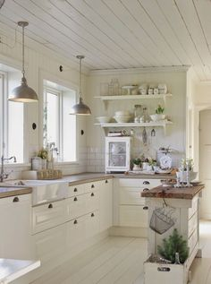 Kitchen Cabinet Design - CLICK PIC for Various Kitchen Ideas. #kitchencabinets #kitchenorganization