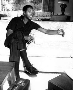 aint-that-good-news: Sam at his Los Feliz home Sam Cooke, Music Icon, Soul Music, American Singers, American History, Mississippi, Angelina Jolie Style, Love Sam, Cool Lyrics