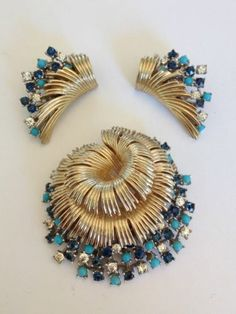 Gorgeous Jeweled Brooch and Earring Set Boucher | eBay