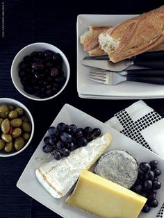 Cheese, bread and olives