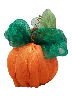 Decomesh Pumpkin decor by Karen S., A.C. Moore Erie, PA #decomesh #halloween