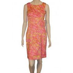 Misses Pink Retro Look Dress!  http://www.juniorepicfashion.com/misses/dresses-and-skirts/dresses/misses-pink-retro-look-dress.html