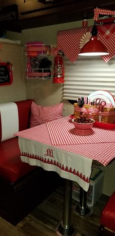 Vintage Campers Interior Country Living New Ideas