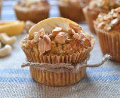 Apple Cashew Cupcakes (via @Regina Martinez Martinez Hager Hager Barker at Nyoutritious). [sugar free, healthy treat, easy recipe, great for school lunchbox!]